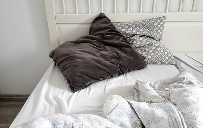 Schlaf, Mütterlein, schlaf…